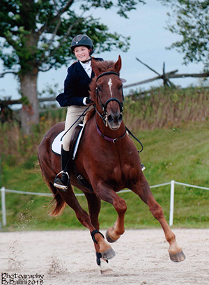 Charlotte Jomes-Whitehad 2016 Eventing Canada Heather Wellman Bursary Recipient